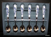 TEASPOON BLUE ONION 6pcs.