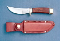 KNIFE R105S Deepwoods Hunter