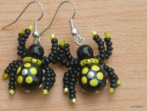 Earrings lucky yellow spider