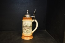 Beer stein with pewter lid 0.5 liters. decor chub