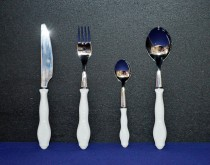 Bernadotte cutlery 24 pieces of white.