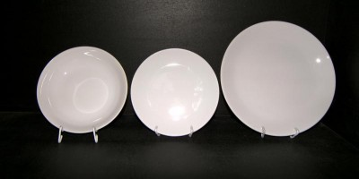 Plate Kit Viola 18pcs. white.